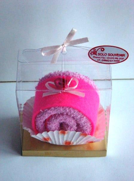 Toples Cantik Souvenir Campur Towel Tart Dan Flanel Cake