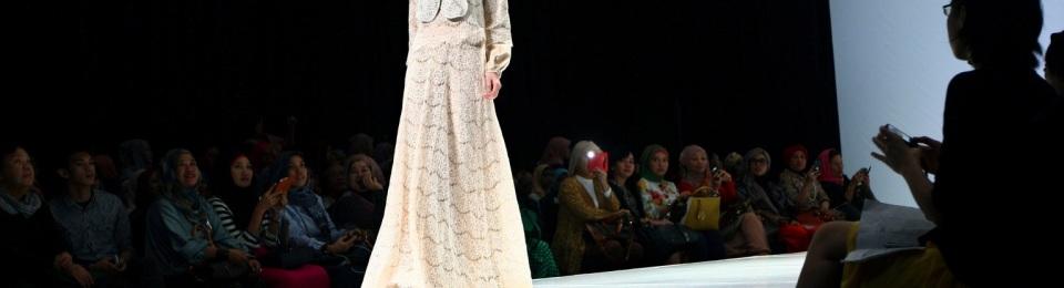 foto model baju muslim terbaru, foto model busana muslim terbaru, foto model baju muslim anak, foto model busana muslim anak, foto model baju muslim batik
