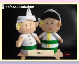Souvenir Pernikahan boneka bali