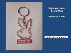 Souvenir Pernikahan Gantungan Kunci Kelinci Mika