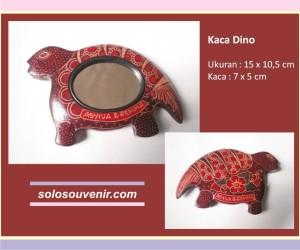 Souvenir Pernikahan kaca batik Dino