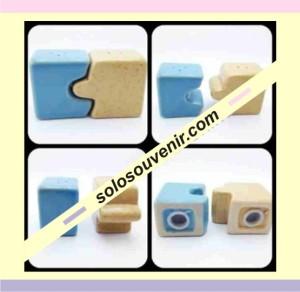 Souvenir Pernikahan Tempat Lada Garam Puzzle (GM 03)