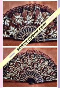 Souvenir Pernikahan kipas glitter