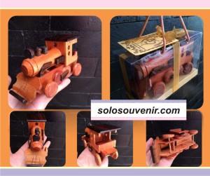 Souvenir Pernikahan Miniatur Lokomotif