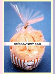 Souvenir Pernikahan towel muffin S