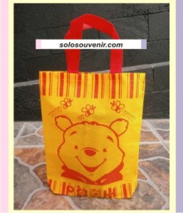Souvenir Pernikahan Tas Ultah Kecil Bear