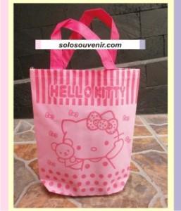 Souvenir Pernikahan Tas Ultah Kecil Hello Kitty