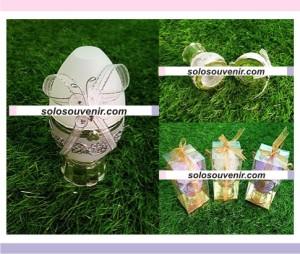 Souvenir Pernikahan Tempat Perhiasan Telur Kupu Warna