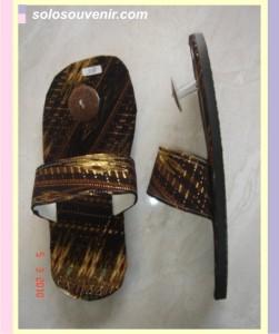 Souvenir Pernikahan Sandal batik batok