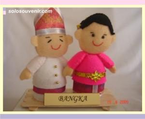 Souvenir Pernikahan boneka flanel bangka