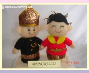 Souvenir Pernikahan boneka flanel bengkulu