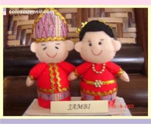 Souvenir Pernikahan boneka flanel jambi