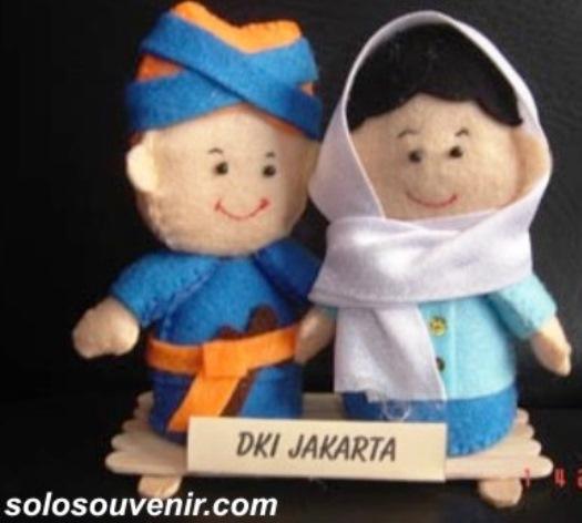 Souvenir Pernikahan Boneka Flanel