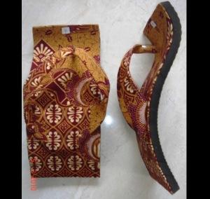Souvenir Pernikahan Sandal Batik