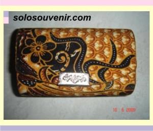 Souvenir Pernikahan tempat lipstik batik double