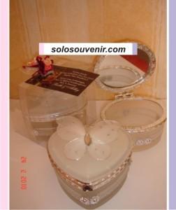 Souvenir Pernikahan Tempat Perhiasan kaca kupu2