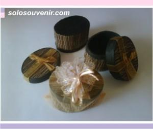 Souvenir Pernikahan Tempat Perhiasan lidi oval