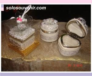 Souvenir Pernikahan Tempat Perhiasan mote silver box