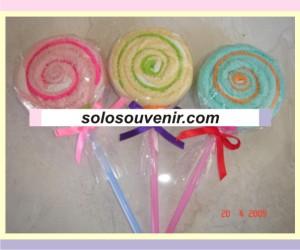 Souvenir Pernikahan towel cake lolypop