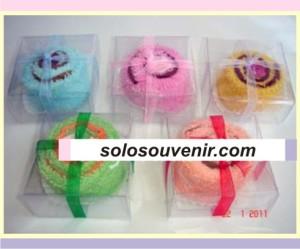 Souvenir Pernikahan towel cake kecil flanel
