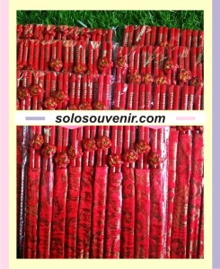 Souvenir pernikahan Sumpit Sarung Cina
