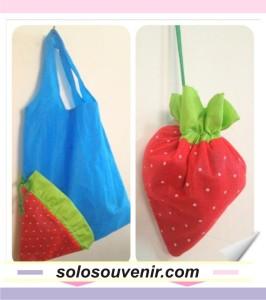 Souvenir Pernikahan Tas furing strawberry