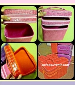 Souvenir Pernikahan Tempat Make Up Croco