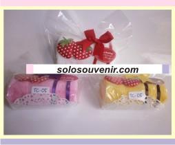 Souvenir Pernikahan towel Rall Strawberry (05)