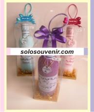 Souvenir Pernikahan towel botol ( TC 31 )
