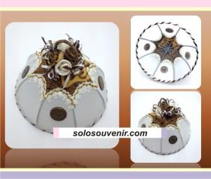 Souvenir Pernikahan Tudung Saji Batik Bunga Kancing